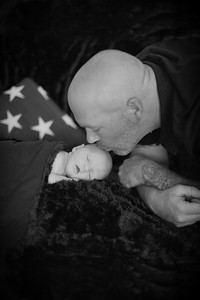 Hunter Shiveley Newborn Baby Studio Family Portraits Natural Happy Candid Brothers Siblings Cute Pretty Enfield Ct Conn Connecticut Suffield Agawam Ma Mass Massachusetts Westfield Mill Crane Pond Baby Photos Professional Photographer Near Me Kimberly Hatc