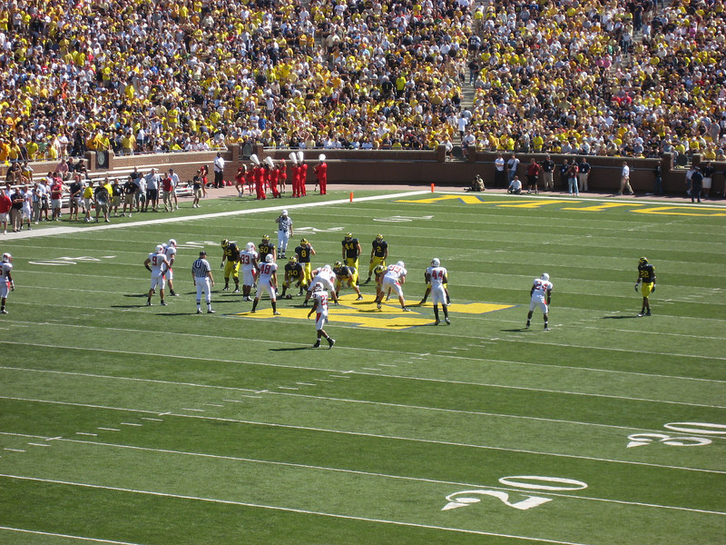 Michigan takes the field. Nick Sheradon got a couple snaps at QB.