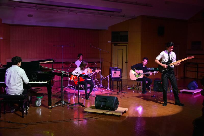 Grade 11 -IBDP Music Recitals-YIS_1025-2018-19.jpg