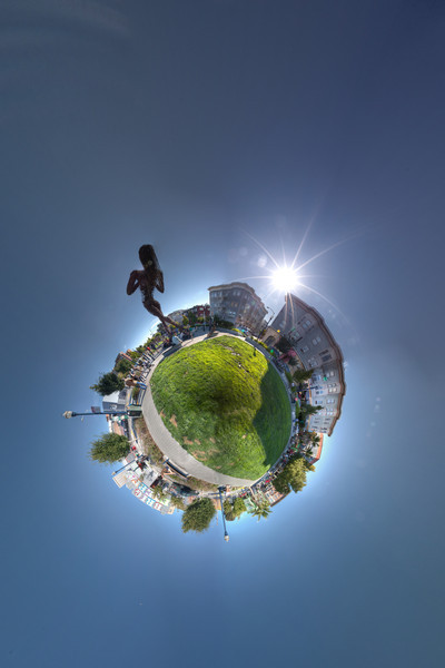 Hayes Valley Statue HDR 2 Panorama planet.jpg