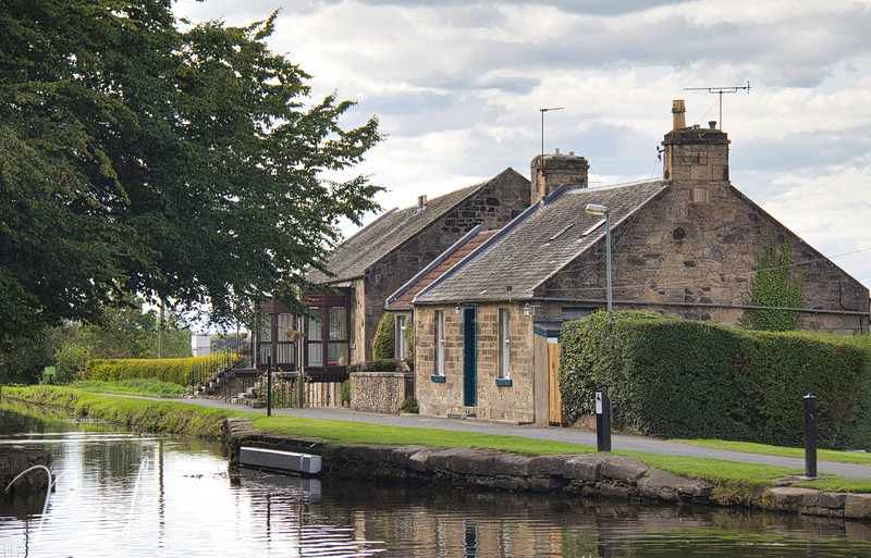 Linlithgow Canal Center Srawberry Bank Cottages  Prints up to 11x14 inches