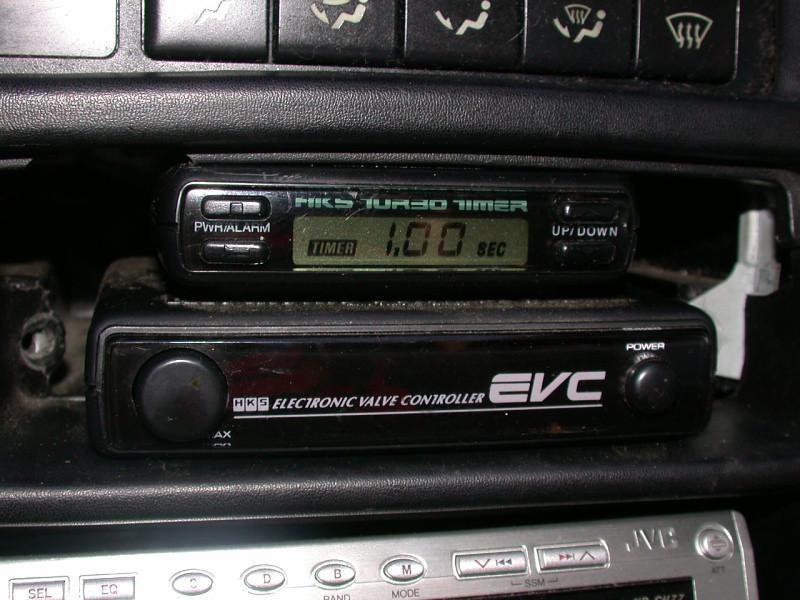HKS turbo timer & EVC-EZ boost controller