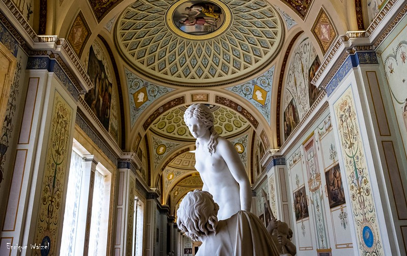 Hermitage Statue.jpg