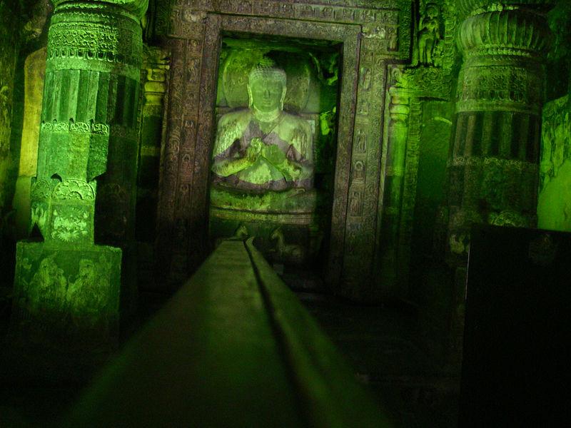 Buddha_ajanta.JPG