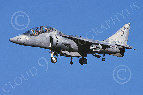 US Marine Corps McDonnell Douglas TAV-8B Harrier Military Airplane Pictures