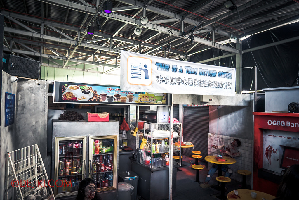 Halloween Horror Nights 6 - RIP Tour review / Behind the Screams tour of Hawker Centre Massacre haunted house