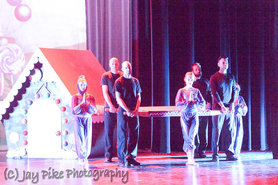 17 - Arabian Dancers