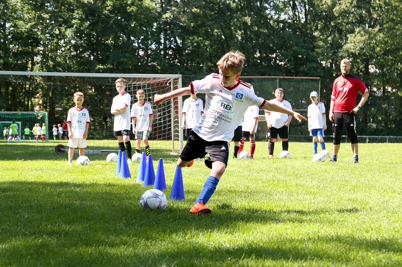 hsv_fussballschule-272_48047952771_o.jpg