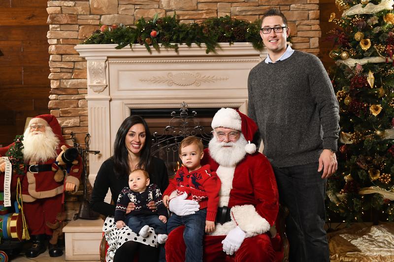 Santa2018.TylerBoye.-200.jpg