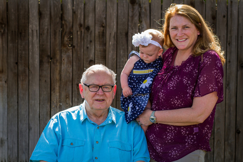 03-27 Hanson Family-224.jpg