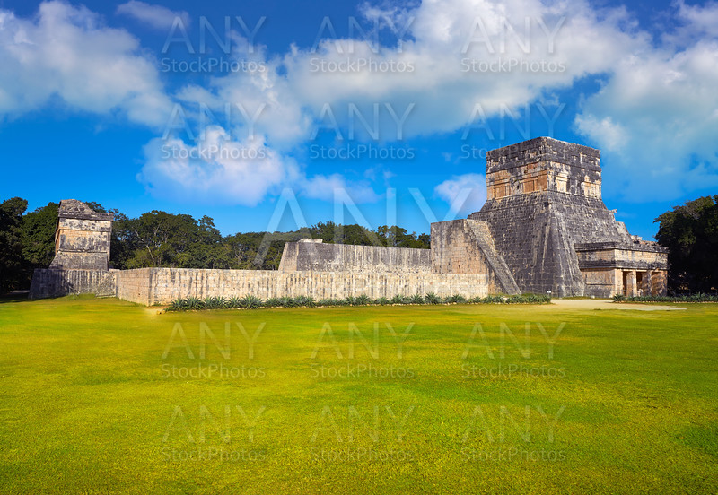 Jaguar Balam temple in Chichen Itza