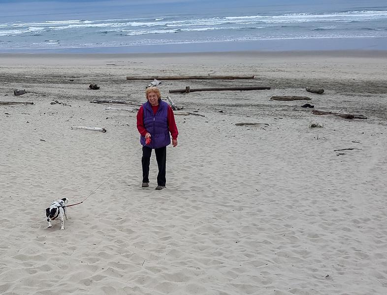 Beach walk with Mattie (4 of 20).jpg