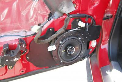 1994 Mazda Canadian RX7 Non-Bose Front Door Speaker Installation - USA