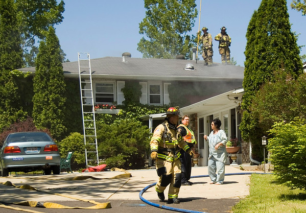 South Elgin May 28, 2008 - Residential Box Alarm 194 S. Collins