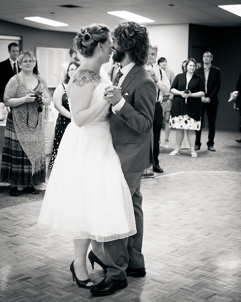 EDITS - Ryan and Lindsey Wedding 2014-277.jpg