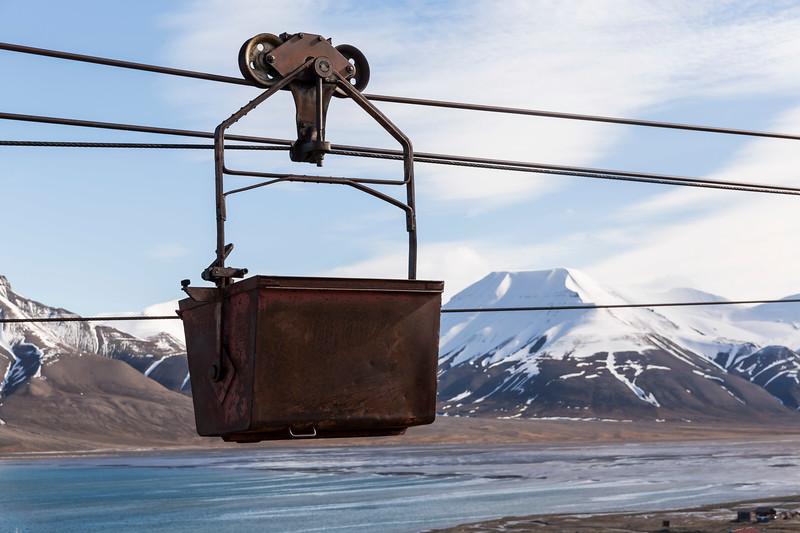 Inspirato-Arctic_Expedition18-02-Longyearbyen-1173.jpg