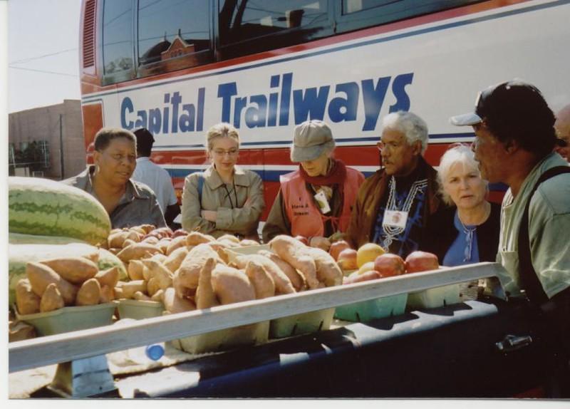 Buying fresh southern produce