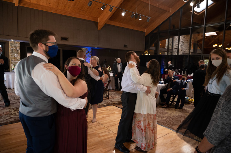 Wedding (254 of 333).jpg