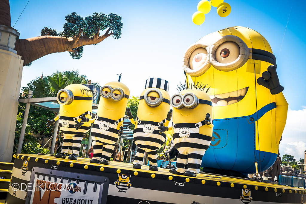Despicable Me Breakout Party at Universal Studios Singapore / Jailbird Minions on Lagoon Stage