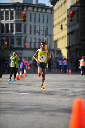 25K Elite Finishers - 2014 Fifth Third River Bank Run