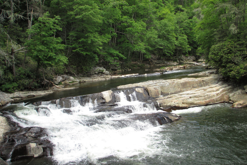 Located at the sharp bend in the Linville River to the south of Bynum Bluff, I have searched for a name to this falls but been unable to find one...