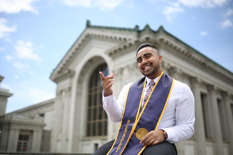 Spring 2019 Grad Photoshoots