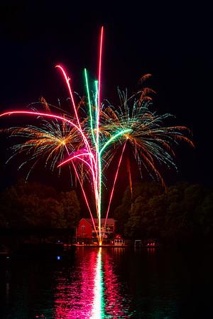 Lake Anna Backyard Fireworks
