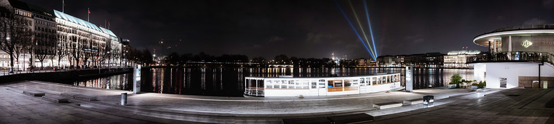 Jungfernstieg im Winter Panorama Hamburg