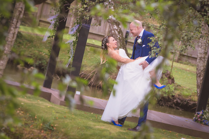 Sam_and_Louisa_wedding_great_hallingbury_manor_hotel_ben_savell_photography-0173.jpg