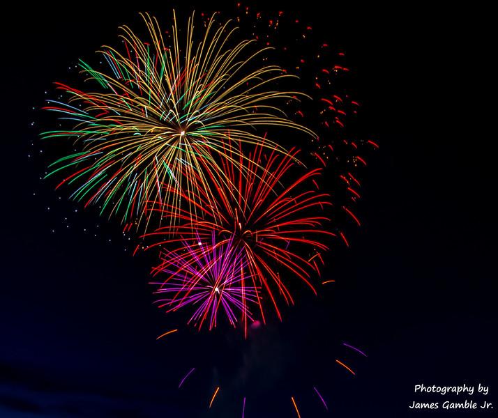 Fourth-of-July-Fireworks-2016-0313.jpg