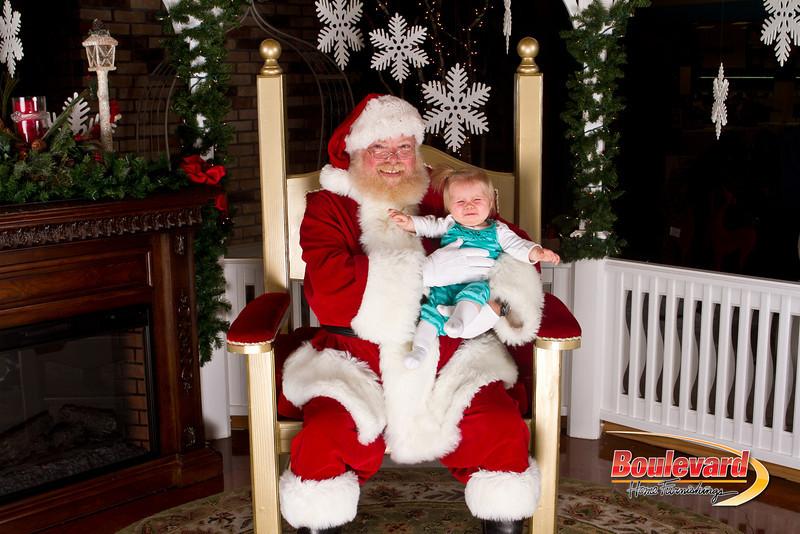 Santa Dec 15-188.jpg