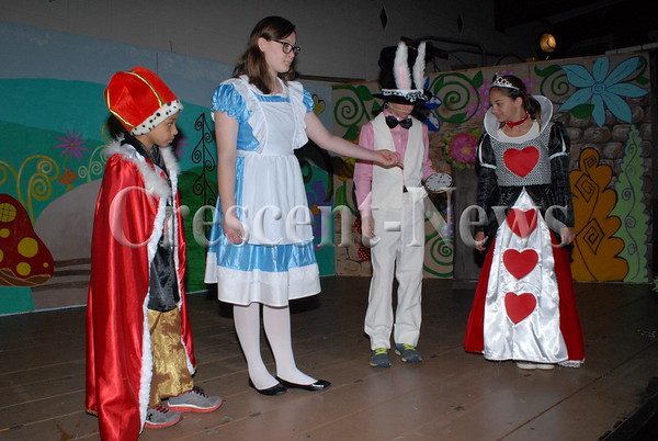 04-19-16 NEWS Alice in Wonderland