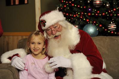Santa Photos Wed 3pm to 5:30pm