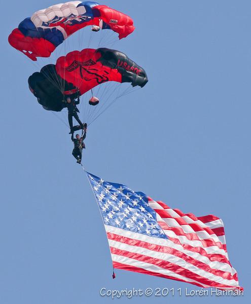 Black Daggers - USASOC Parachute Team
