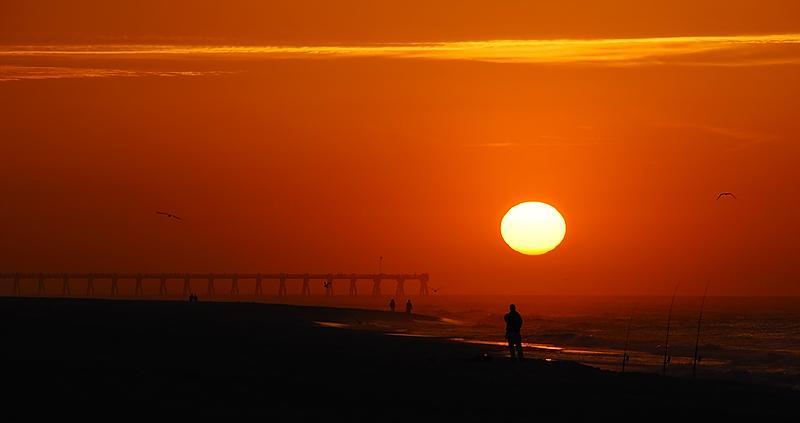 Fireball Above Beach  Nikon D80 w/Nikon 18-200mm VR at 200mm f11 1/200 sec ISO 100 W/Tripod