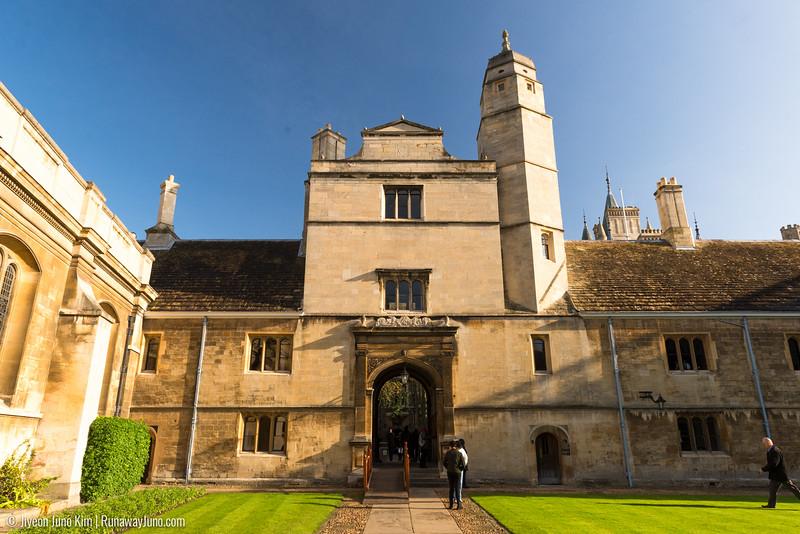 Cambridge-6100883.jpg