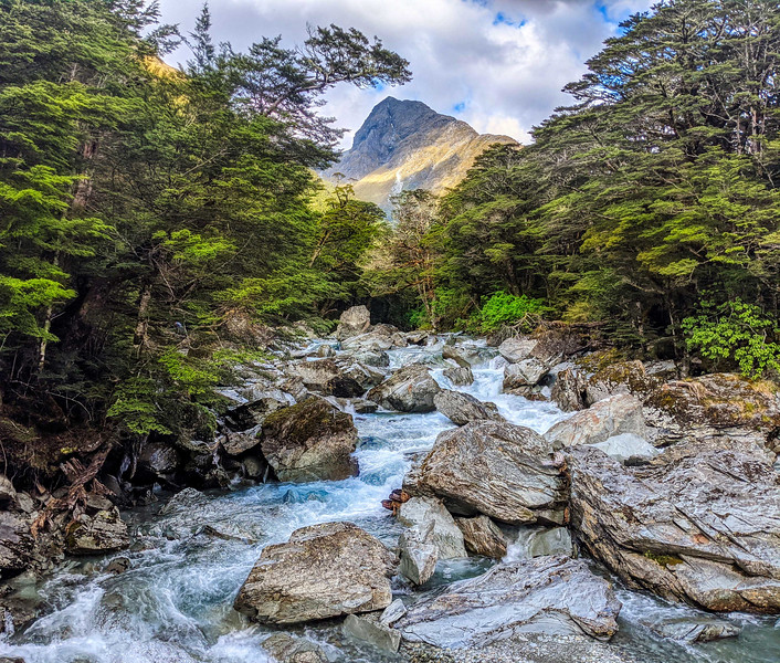 The Routeburn with the Google Pixel phone