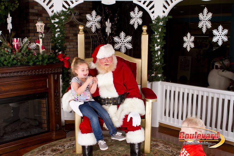 Santa Dec 8-332.jpg