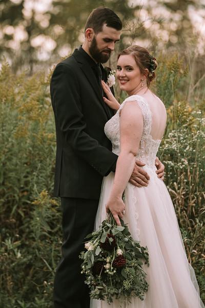 rustic_ohio__fall_barn_wedding-304.jpg