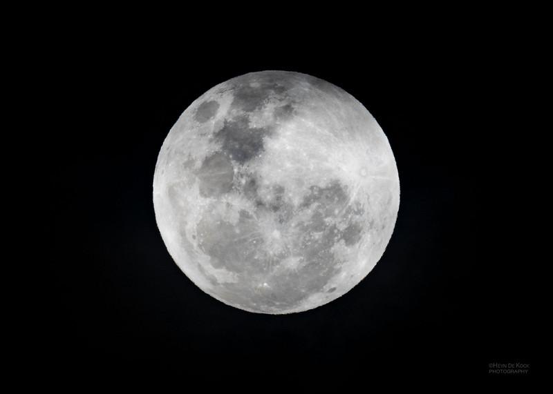 Full Moon, Queenstown, SI, NZ, Aug 2018-2.jpg