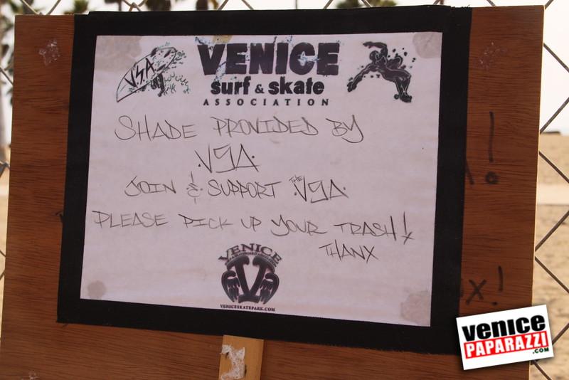 09.01.09  Venice Public Art Walls, Tonan, Venice Skatepark, bike path and beautiful Toronto Women. (27).JPG