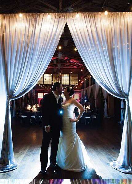 sodo-park-fall-wedding-dinosaur-theme-wedding-photos-carol-harrold-photography-30.jpg