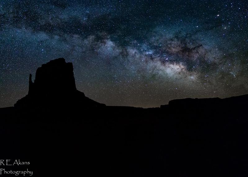 MV Milky Way Panorama 2927-2 Comp (1 of 1).jpg
