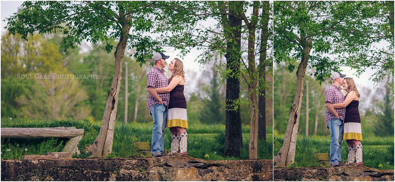 Lauren-Josh-Engagement-Session_0015.jpg