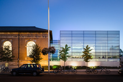 Bloor/Gladstone District Library