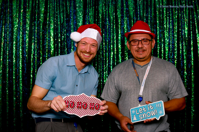Medtronic Holiday Party -447.jpg
