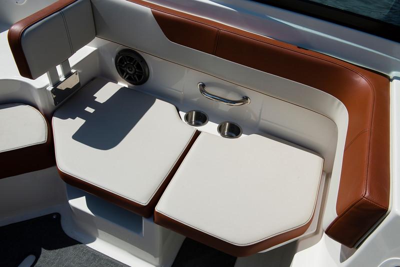 19 SPX Outboard (25).jpg