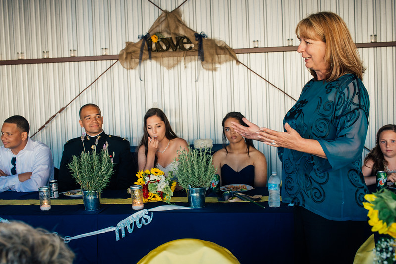 Kevin and Hunter Wedding Photography-15505126.jpg