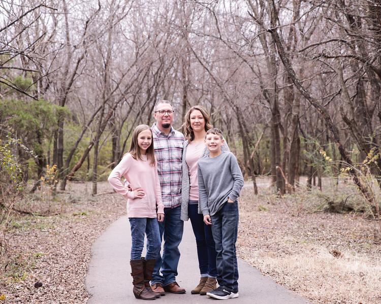 Giles Family 2019 002.jpg