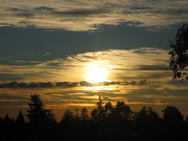 Sunrise in San Carlos, Nov 30, 04